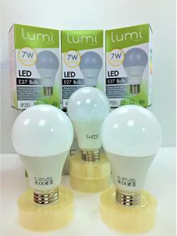 หลอด LED E27 7W วอร์มไวท์ Lumi